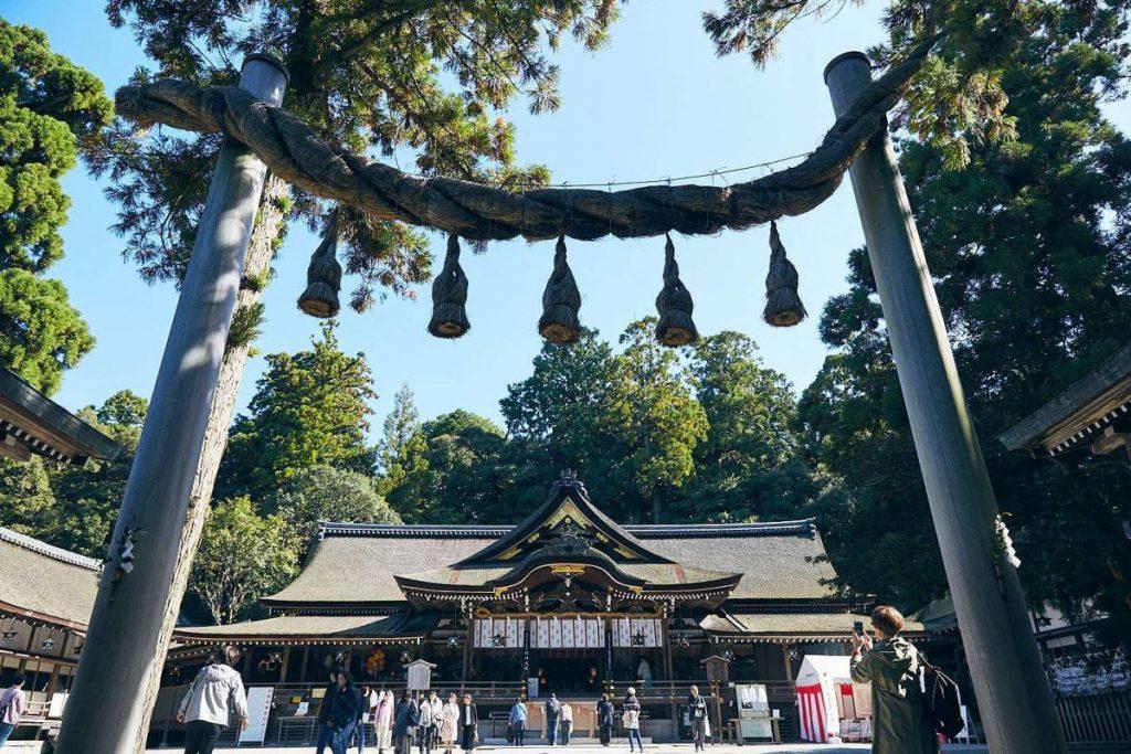 大神神社 アクセス 拝殿